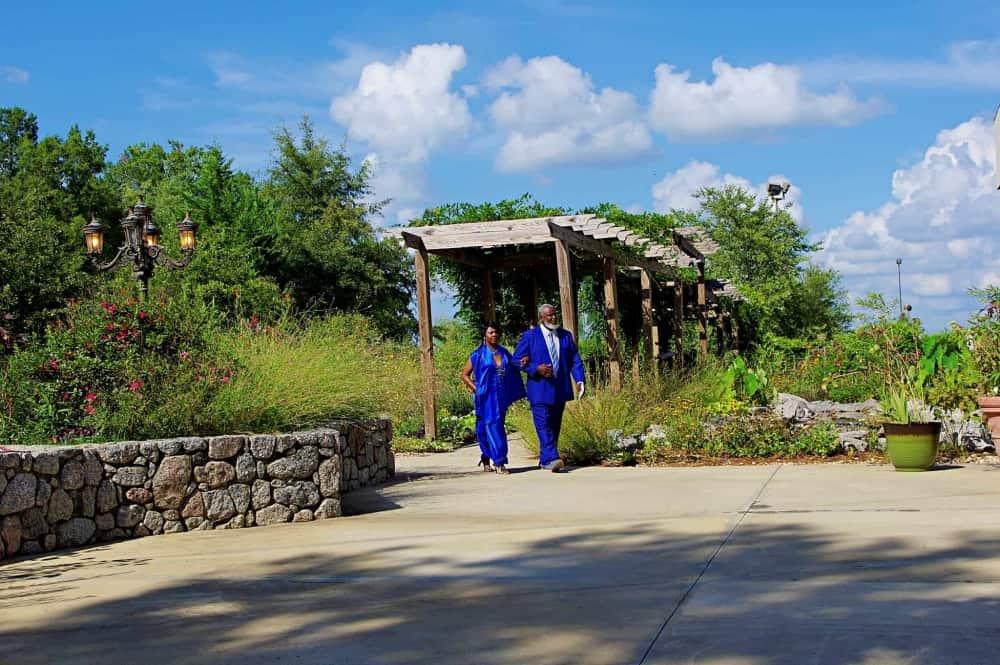 Garden-wedding-ceremony-at-Marianis-Venue-8-7-2048