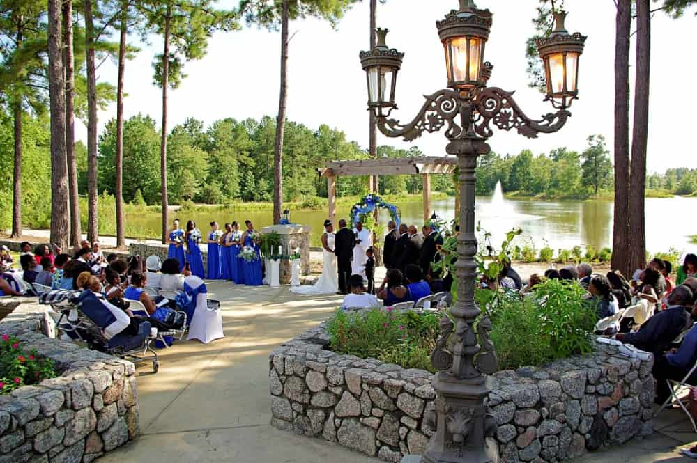 Lakeside-wedding-ceremony-at-Marianis-Venue-8-7-2048
