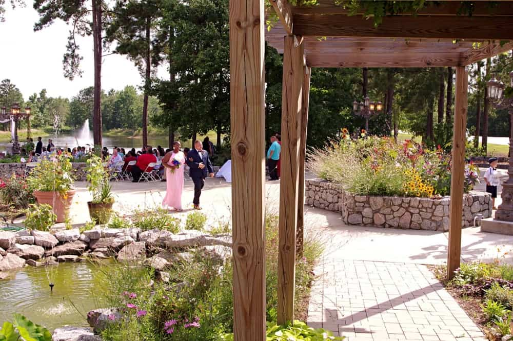 lakeview-wedding-ceremony-at-Marianis-Venue-6-22-19-edited-2048-3