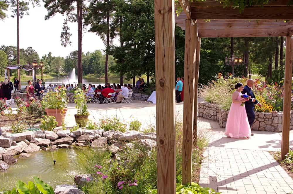 lakeview-wedding-ceremony-at-Marianis-Venue-6-22-19-edited-2048-4
